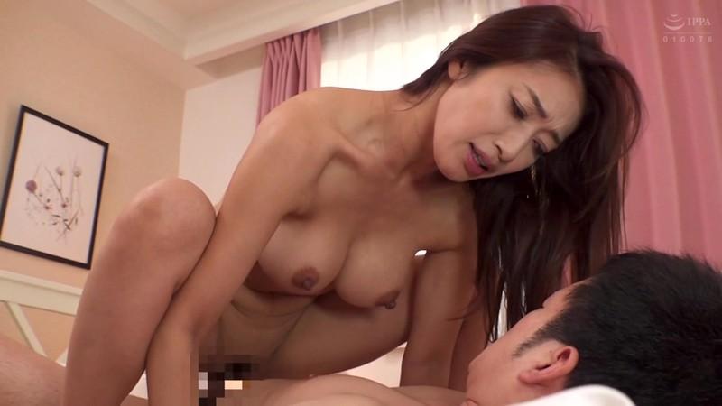 SPRD-1363 My Fuck Buddy Back Then… Was My Friend's Mother Reiko Kobayakawa